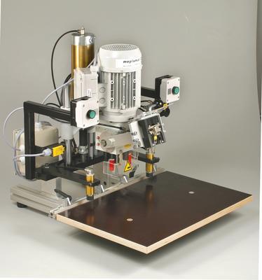 Fesjoy Pince amp/èrem/étrique num/érique multim/ètre 4000 compte pince amp/èrem/ètre testeur de condensateur de transistor test de puissance automobile testeur de courant AC//DC